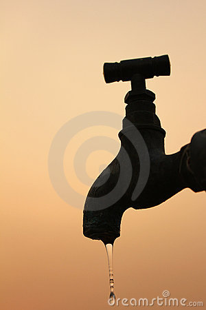 Free Tap With Falling Drop Stock Photo - 20324510