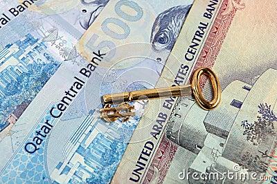 Tasto arabo del dollaro dell oro dei soldi