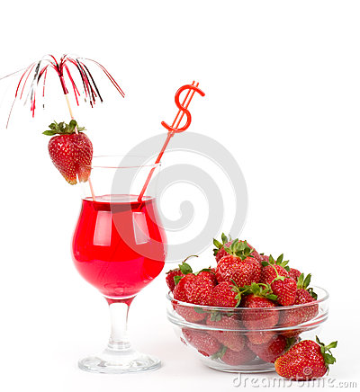 Tasty alcohol cocktail with strawberry