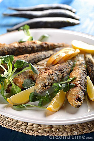 Free Tasty Fried Fish Royalty Free Stock Images - 2433129