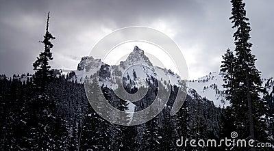 Tatoosh Range Cascade Mountains Mt Rainier NP