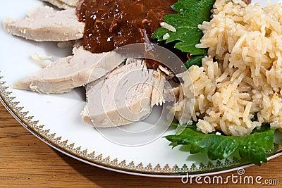 Taupe avec le poulet et le riz