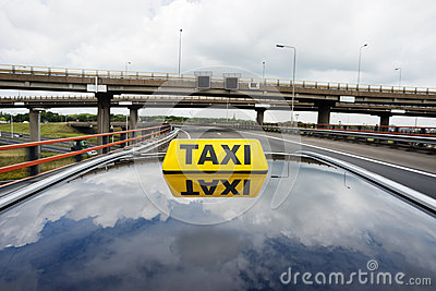 Taxi on flyover