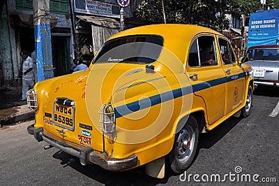 Taxi indien dans l embouteillage Photographie éditorial