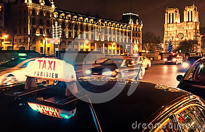 Taxi Parisien Editorial Photography