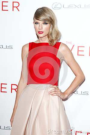 Free Taylor Swift Stock Images - 44094294