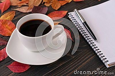 Risultati immagini per caffè ed autunno