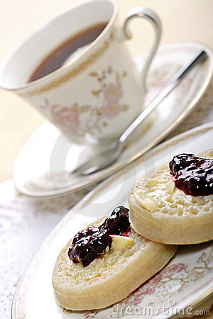 Free Tea And Crumpets Royalty Free Stock Photos - 2342468