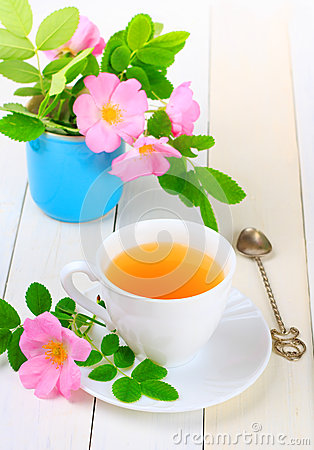 Tea with rose hip