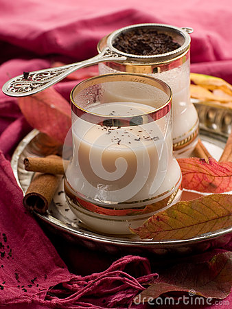 Free Tea With Milk Royalty Free Stock Photography - 33305037
