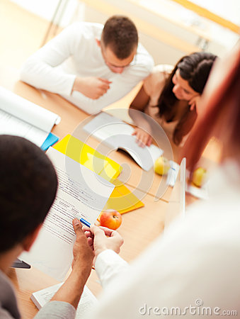 Free Teacher And Students Royalty Free Stock Images - 30914059