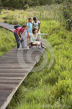 Free Teacher With Children On Field Trip Royalty Free Stock Photography - 33913977