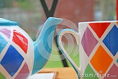 Teapot and mug.