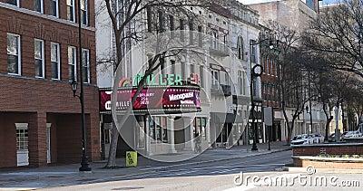 Teatro Miller en Augusta, Georgia 4K Antigua sala de cine y casa de estilo vaudeville construida en 1940 almacen de video
