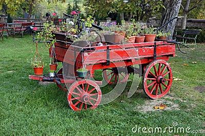 Tecknad gammal vagn för häst