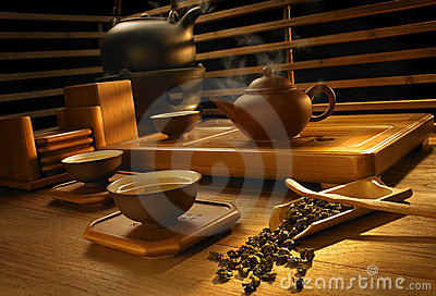 Tee, der Set bildet