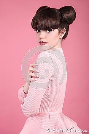 Free Teen Beauty. Hairstyle. Fashion Teenage Girl Model. Happy Smilin Stock Photo - 90270710