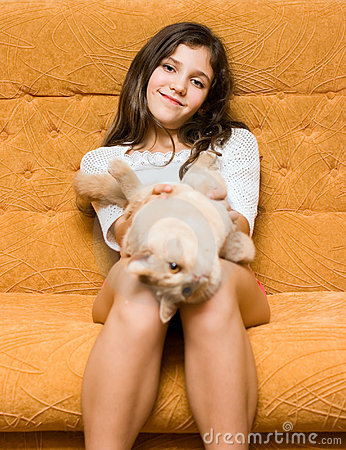 Teen girl with cat