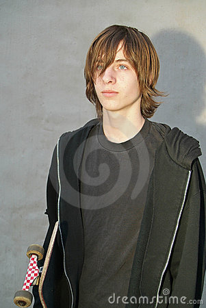 Free Teen Skater Boy Royalty Free Stock Photography - 2935137