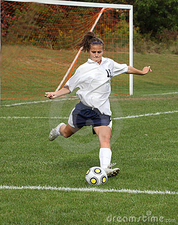 Free Teen Youth Soccer  Action 20 Royalty Free Stock Photo - 11896585