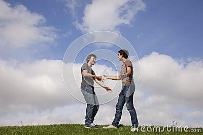 L'amitié est parfois plus fort que l'amour ! Lisez ceci... Teenager-friendship-thumb18409840