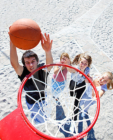 Free Teenagers Playing Basketball Royalty Free Stock Images - 20909829