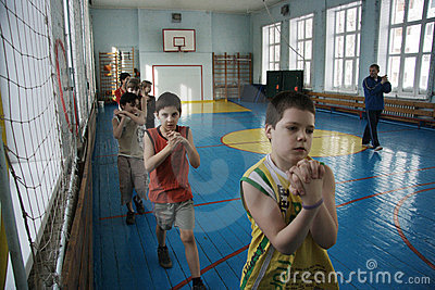 Teenagers at school in gym class Editorial Stock Image