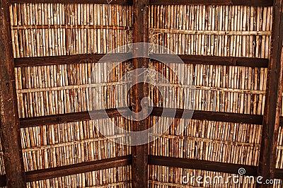 Tejado de madera mediterr neo viejo foto de archivo for Tejado de madera en ingles