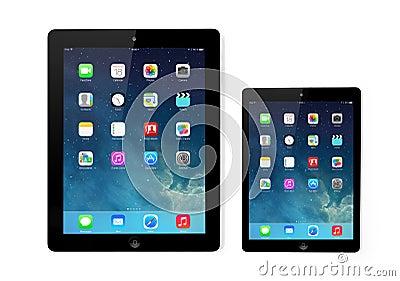 Tela nova do IOS 7 do sistema operacional no iPad e no iPad mini Apple Foto Editorial