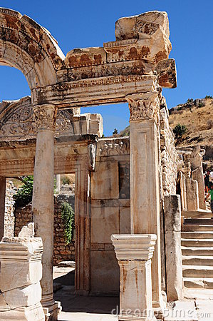 Tempel van Hadrian, Ephesus, Turkije y