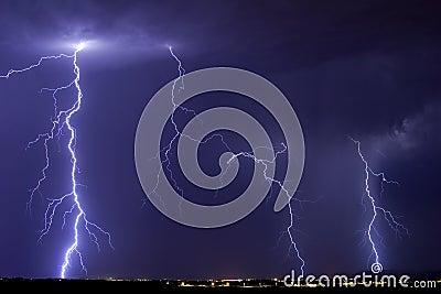 Tempestade do relâmpago de Catalina