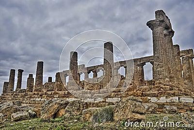 Tempiale greco di Agrigento nel hdr