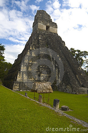 Free Temple 1 Tikal Royalty Free Stock Images - 1597819