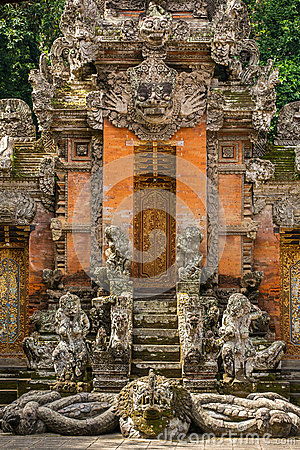 Free Temple At Monkey Forest Sanctuary In Ubud Stock Image - 73429531