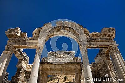 Temple de Hadrian dans Ephesus