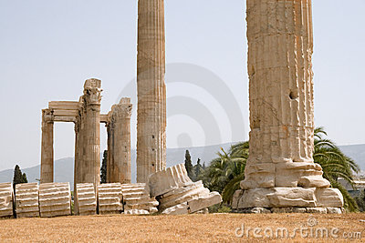Temple De Zeus Olympique à Athènes Photo stock - Image: 12029520