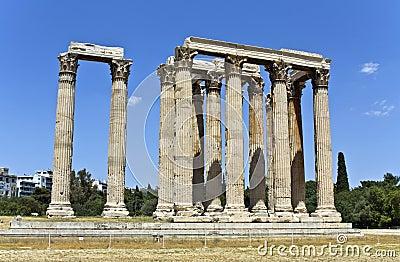 Temple du Zeus olympique à Athènes