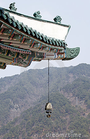 Temple eave