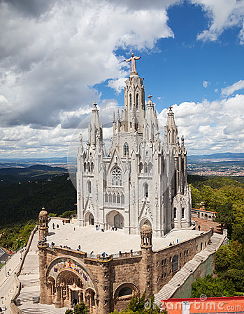 Free Temple Expiatori Del Sagrat Cor Royalty Free Stock Photography - 31567967