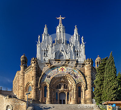 Free Temple Expiatori Del Sagrat Cor On Tibidabo Mountain In Barcelon Royalty Free Stock Image - 36875086