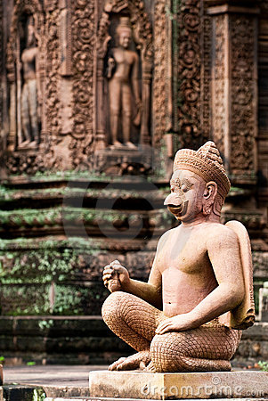 Free Temple Guardian In Banteay Srey Royalty Free Stock Photography - 12328657