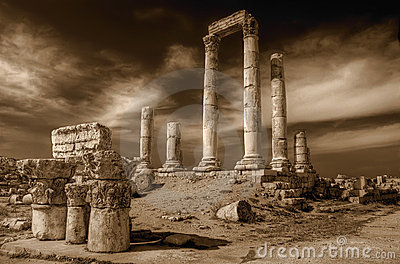 Temple of Hercules (Amman) in sepia