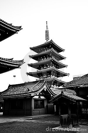 temple in japan sensoji black and white royalty free stock photography image 8265457. Black Bedroom Furniture Sets. Home Design Ideas