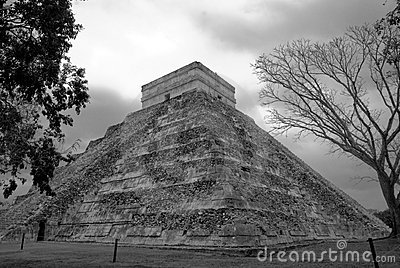 Temple of Kukulcan at Chichen Itza, Mexico
