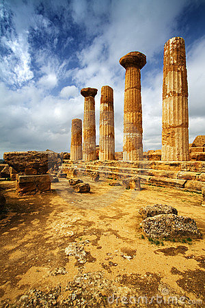 Free Temple Of Hercules - Sicily Royalty Free Stock Images - 9100059