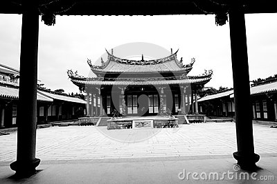 Temple Taiwan courtyard garden