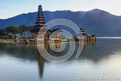 Temple Ulun Danu Bali