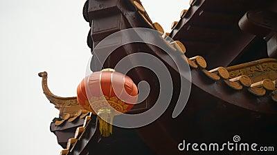 Templo chino de año nuevo durante el festival de la farola almacen de video