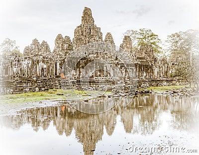 Templo de Bayon Imagem Editorial