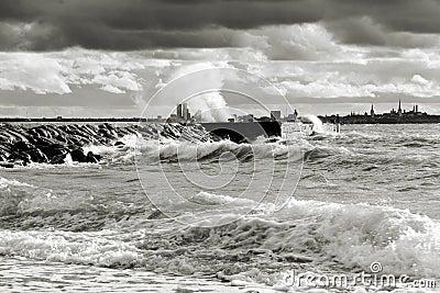 Temps orageux près de mer
